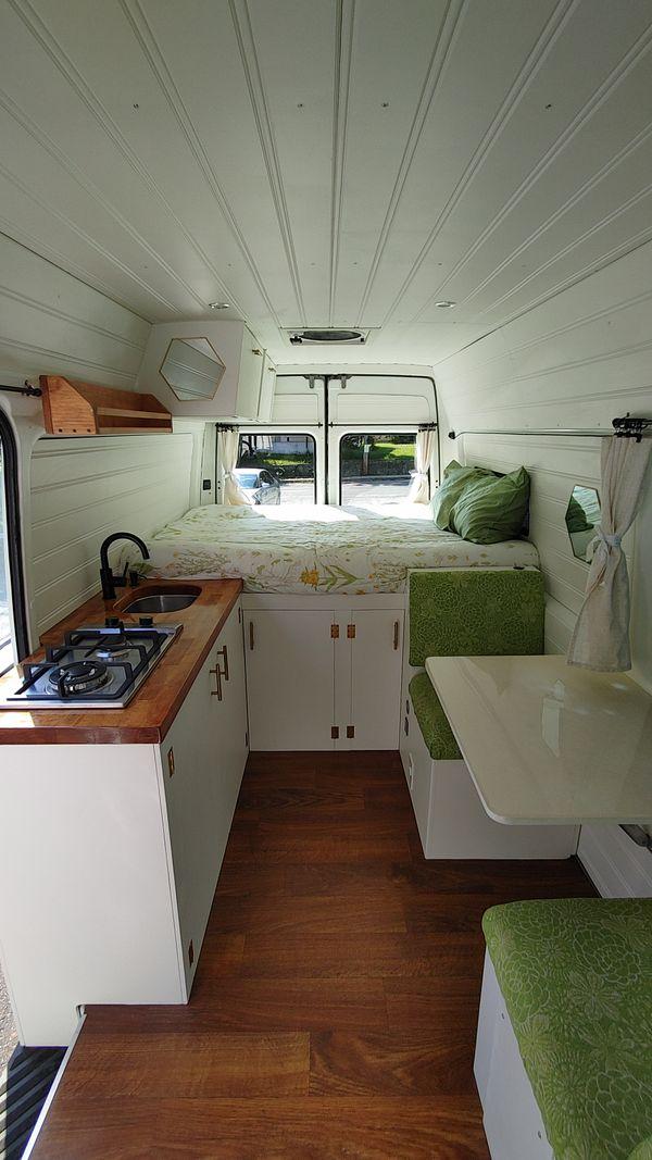 Photo of a campervan for sale: (SOLD) 2002 Freightliner / Mercedes sprinter 3500