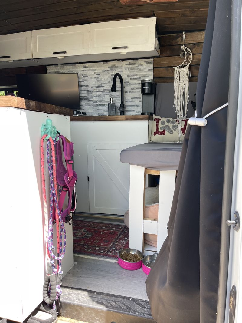 Picture 4/19 of a 2015 Ford Transit 350 For Sale!  for sale in Las Vegas, Nevada