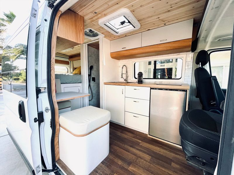 Picture 1/9 of a Joe - The home on wheels by Mybushotel for sale in Las Vegas, Nevada