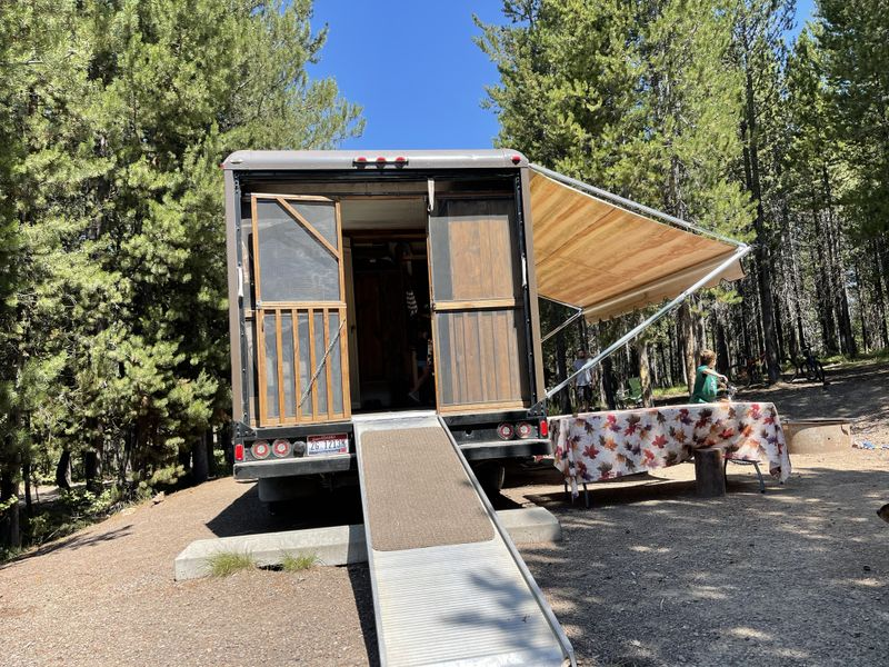 Picture 4/7 of a 1990 U-haul conversion 4x4 turbo diesel  for sale in Twin Falls, Idaho