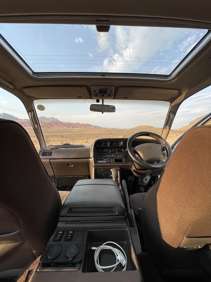 Picture 2/5 of a Toyota Hiace Right Hand Drive Diesel for sale in Las Vegas, Nevada