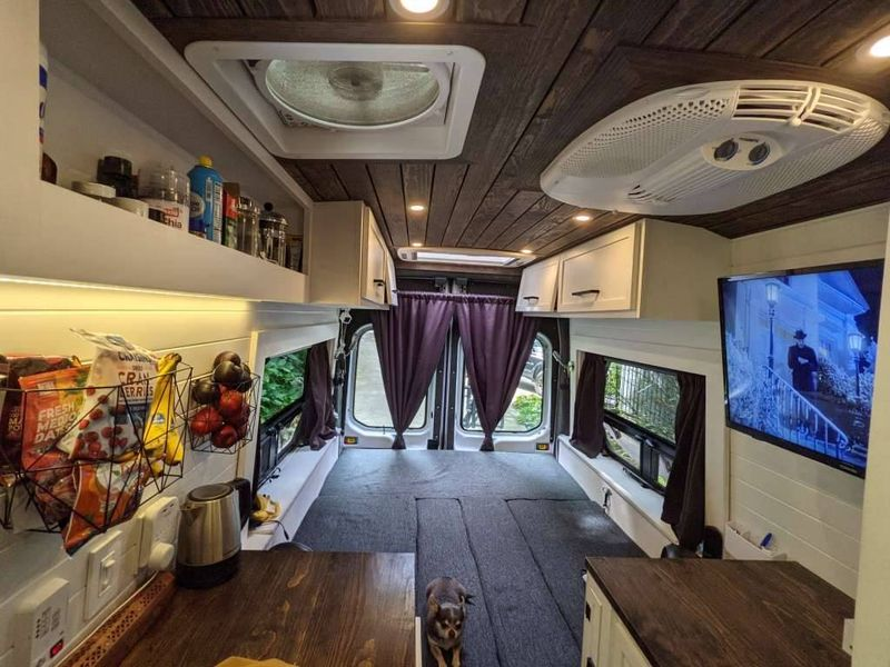 Picture 6/12 of a 2019 Ford Transit 250 extended / high-roof for sale in Asheville, North Carolina
