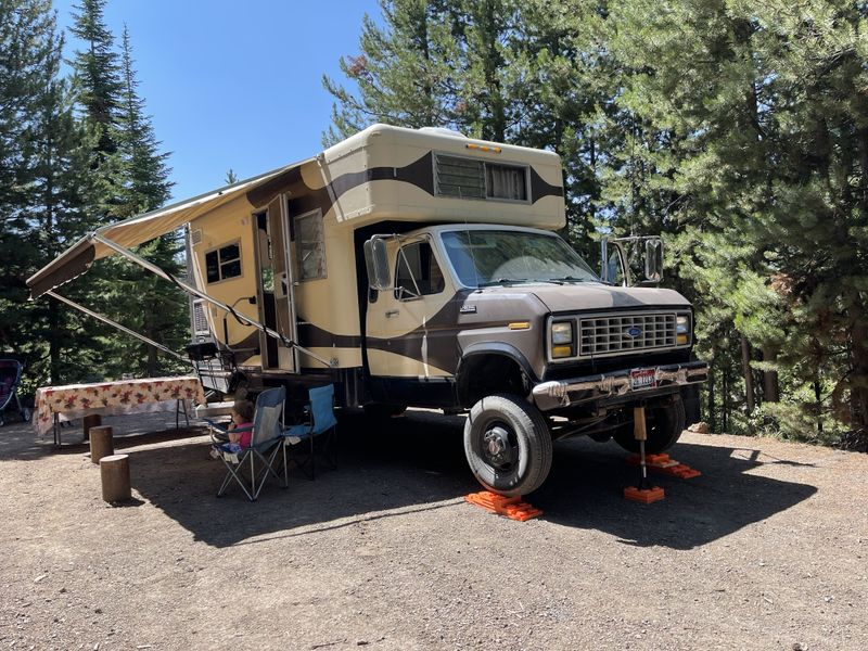 Picture 3/7 of a 1990 U-haul conversion 4x4 turbo diesel  for sale in Twin Falls, Idaho