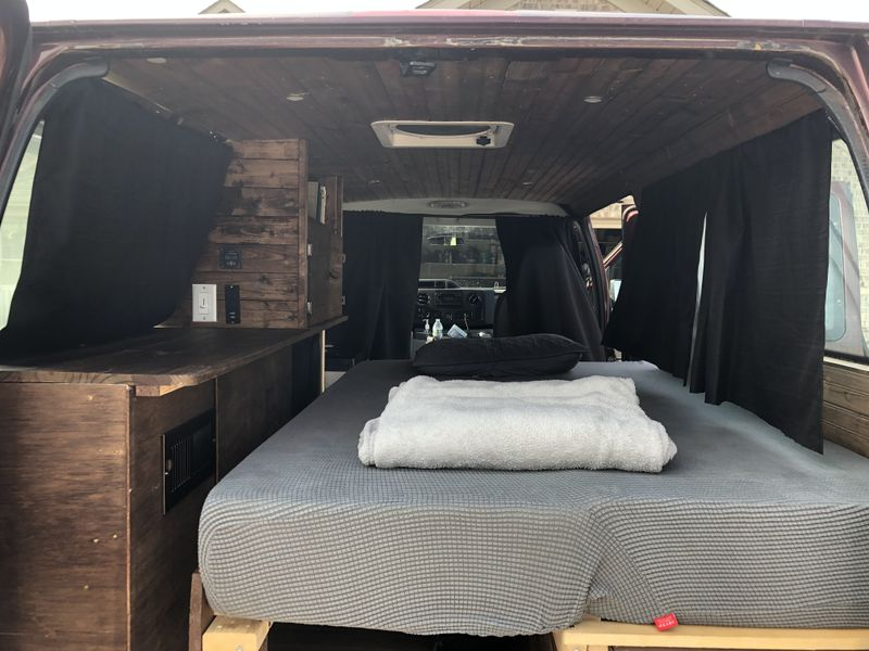 Picture 3/8 of a 2010 Ford E350 for sale in Yorktown, Indiana