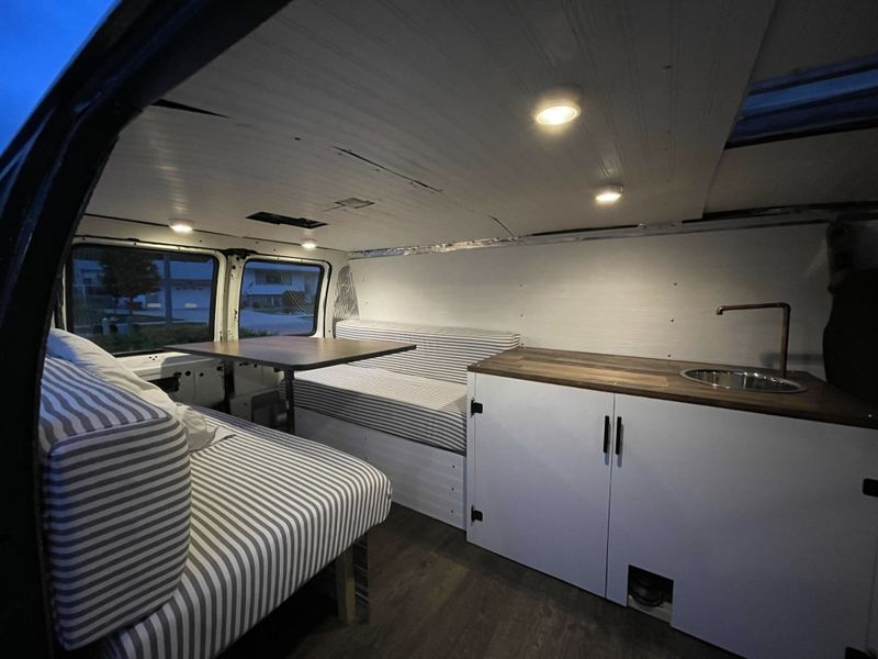 Picture 2/6 of a Modern Campervan Conversion for sale in Sioux Falls, South Dakota