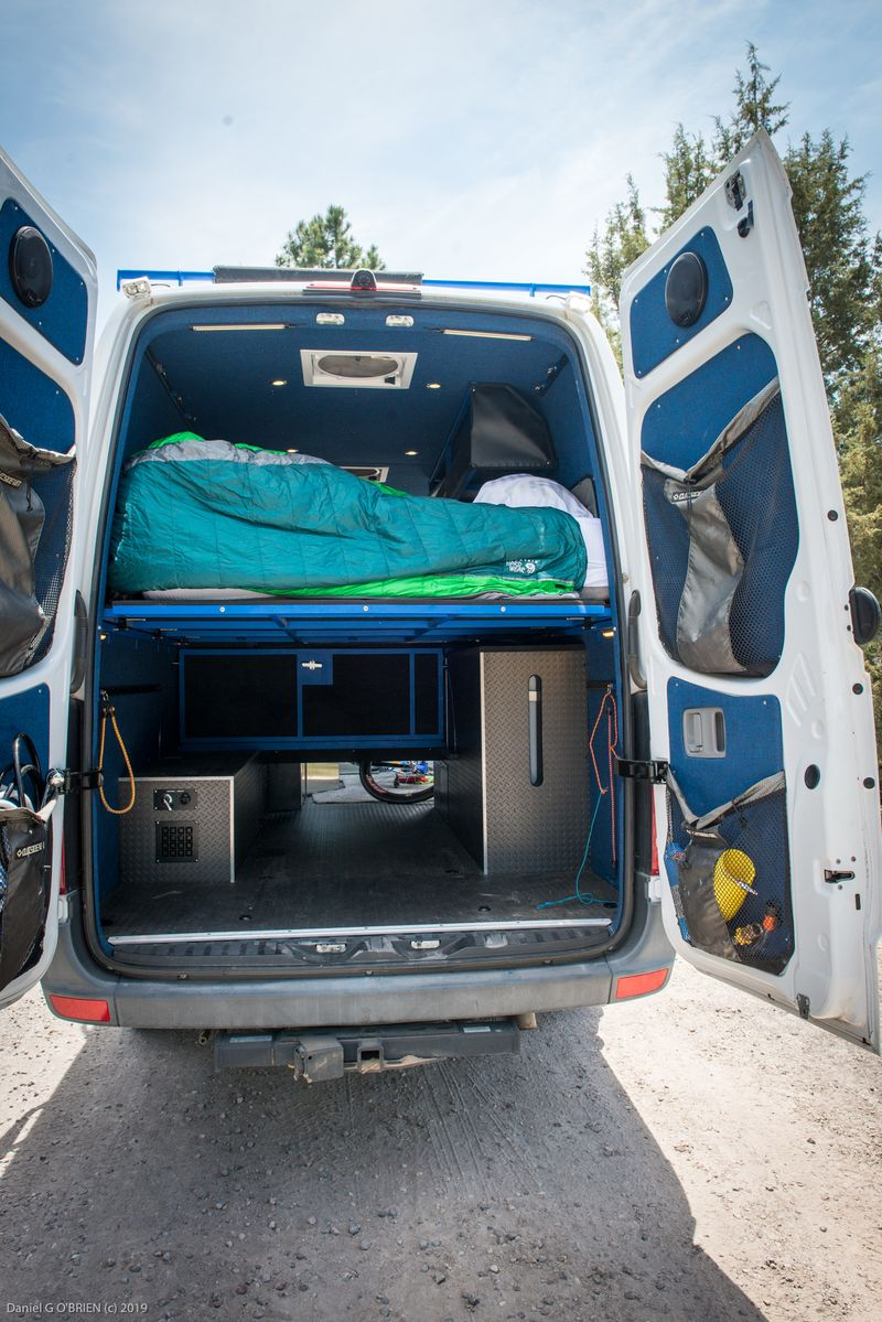 Picture 6/17 of a Mercedes-Benz Sprinter 3500 Outside Van for sale in Bend, Oregon