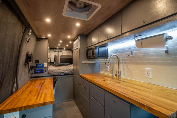 Photo of a campervan for sale: 2007 Sprinter with Office and AC!