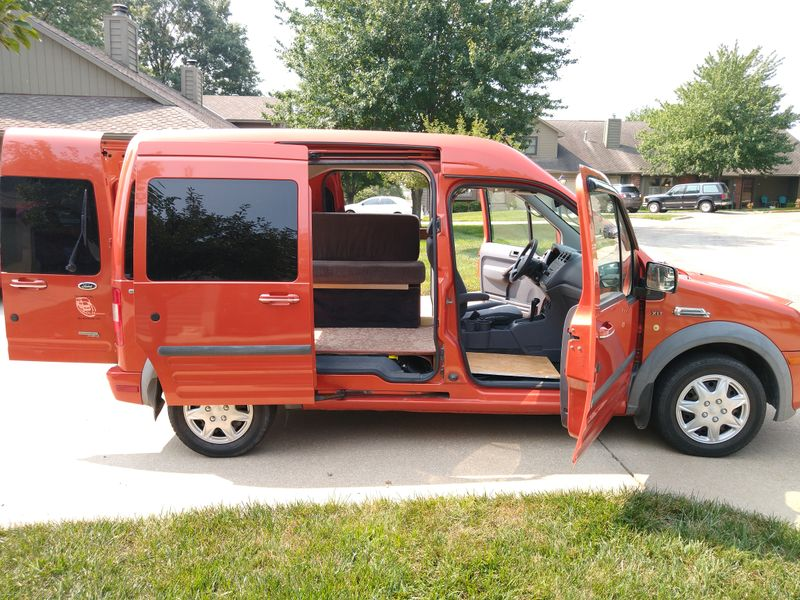 Picture 6/17 of a Ford Transit Connect Premium XLT Camper for sale in Lawrence, Kansas