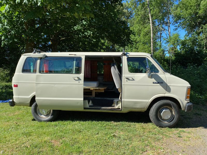 Picture 1/7 of a 1991 Dodge Van with removeable bed platform  for sale in Corvallis, Oregon